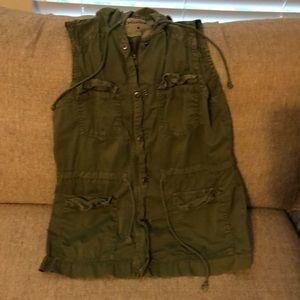 Cargo vest with hood